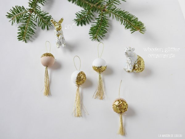DIY wooden glitter ornaments by La maison de Loulou*