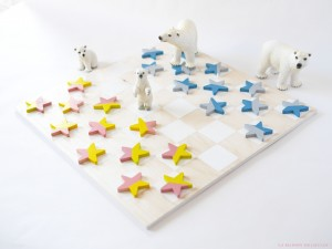 checkers game by La maison de Loulou