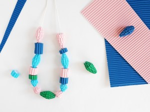 DIY corrugated beads & necklace by La maison de Loulou