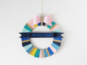 DIY paper wreath by LA MAISON DE LOULOU