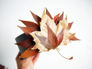 DIY Thanksgiving leaf crown by La maison de Loulou