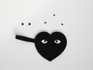 DIY heart pouch by La maison de Loulou for Hello Wonderful 4