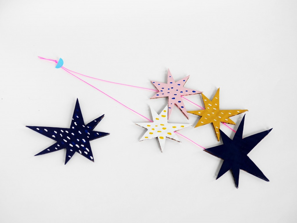Cardboard stars necklace by La maison de Loulou-3