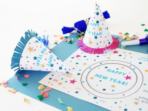 NEW YEAR'S PARTY PLACEMAT & PARTY HAT SET by LA MAISON DE LOULOU
