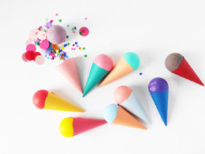 DIY Ice Cream Party Favor by LA MAISON DE LOULOU