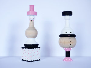 wooden spindle dolls By LA MAISON DE LOULOU