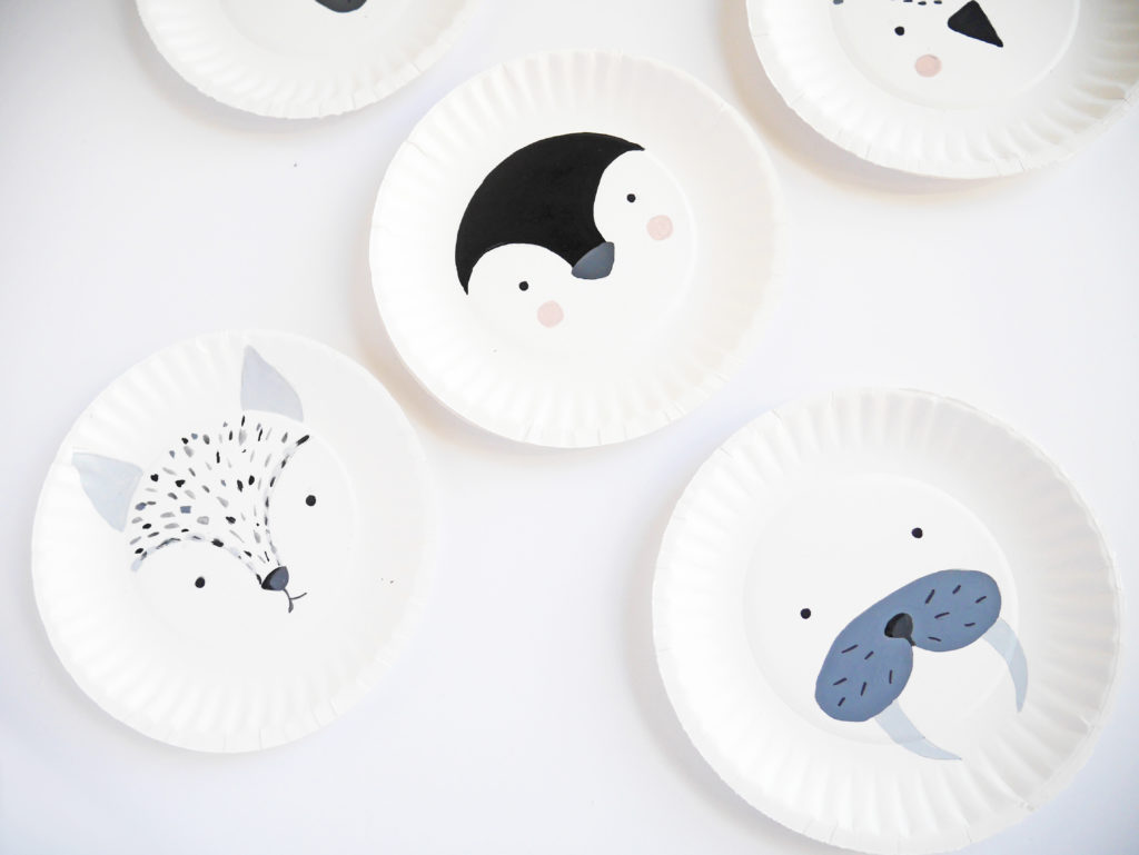 Related Posts & ARCTIC PAPER PLATE ANIMALS |